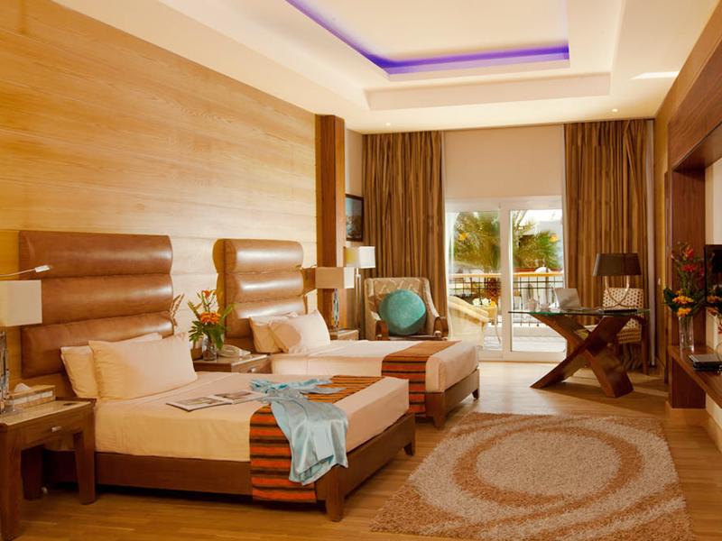 Royal Savoy Junior Suite (4)