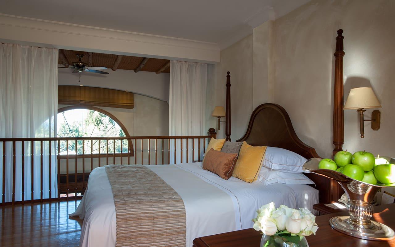 Royal_Garden_Villa_with_Private_Pool_Bedroom