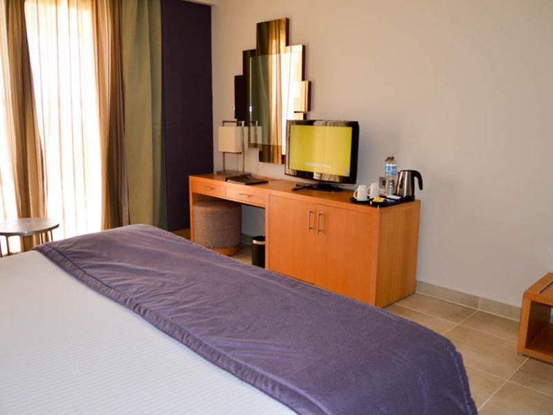 Standard-Room4-min