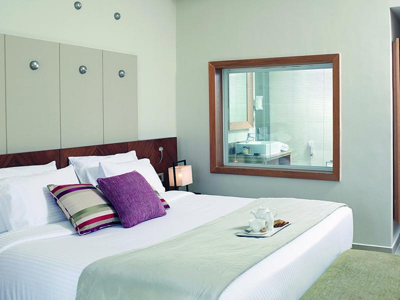 Standard Sea View Room (4)
