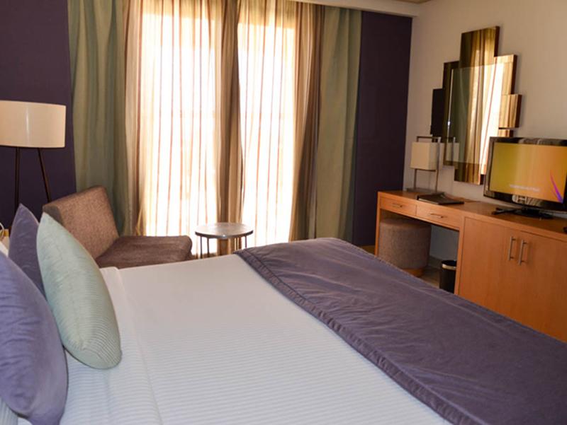 Standard Sea View Room (7)