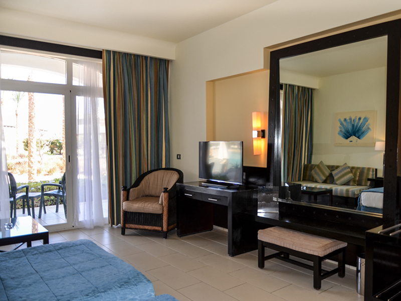 Blue Bay Deluxe Room 1