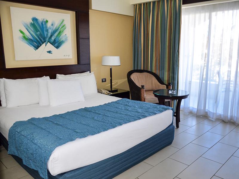 Blue Bay Superior Room 6