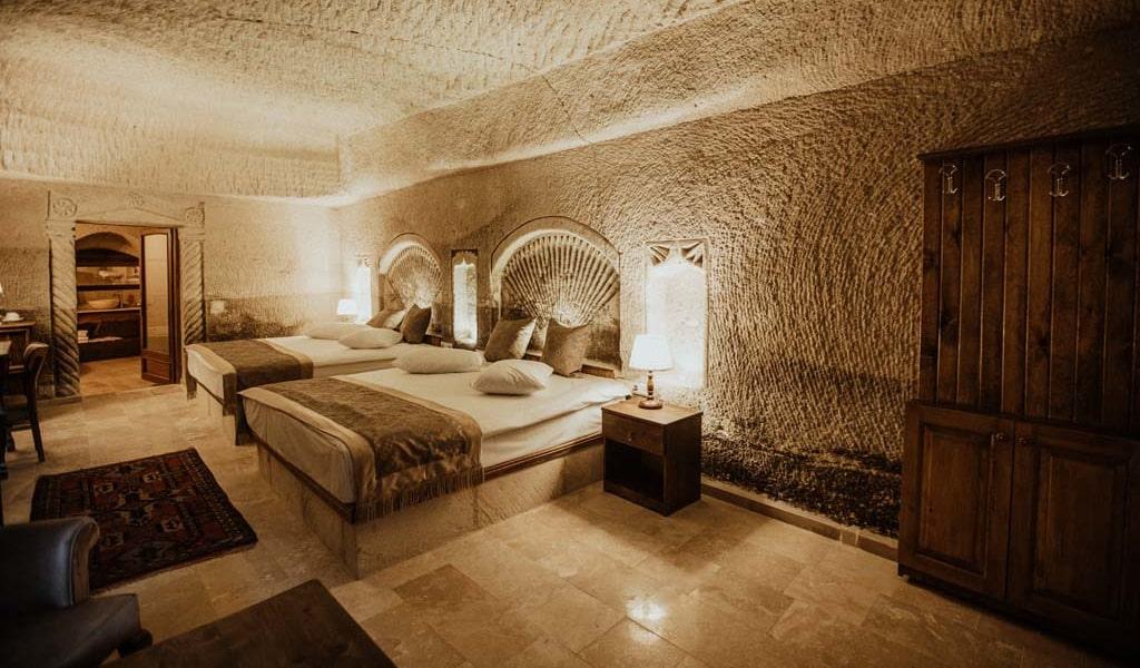 Suite Room_06-min