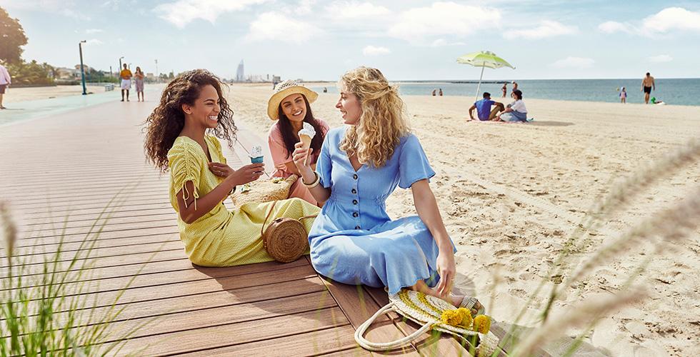 DTCM_LYS2020_KV11A_Beach-friends-980