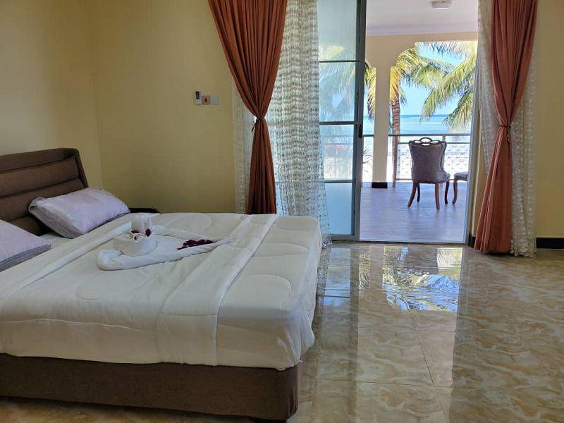 Pwani Beach Hotel (3)