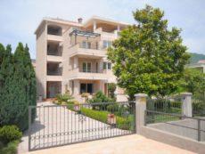 Apartments Racanovic